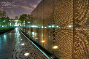 November 2013 Wallpaper - Vietnam Memorial at Night